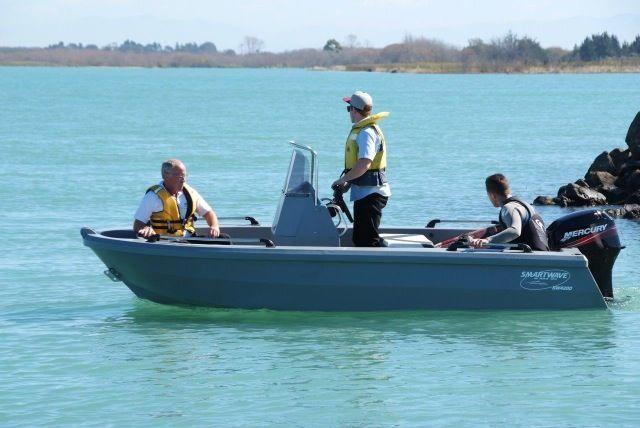Smartwave 4200 boat